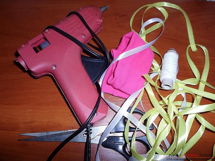 Как сделать интересную, нежную повязку для девочки собственными руками. Фото №1