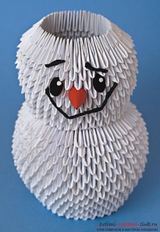 Новогодний снеговик из оргами.