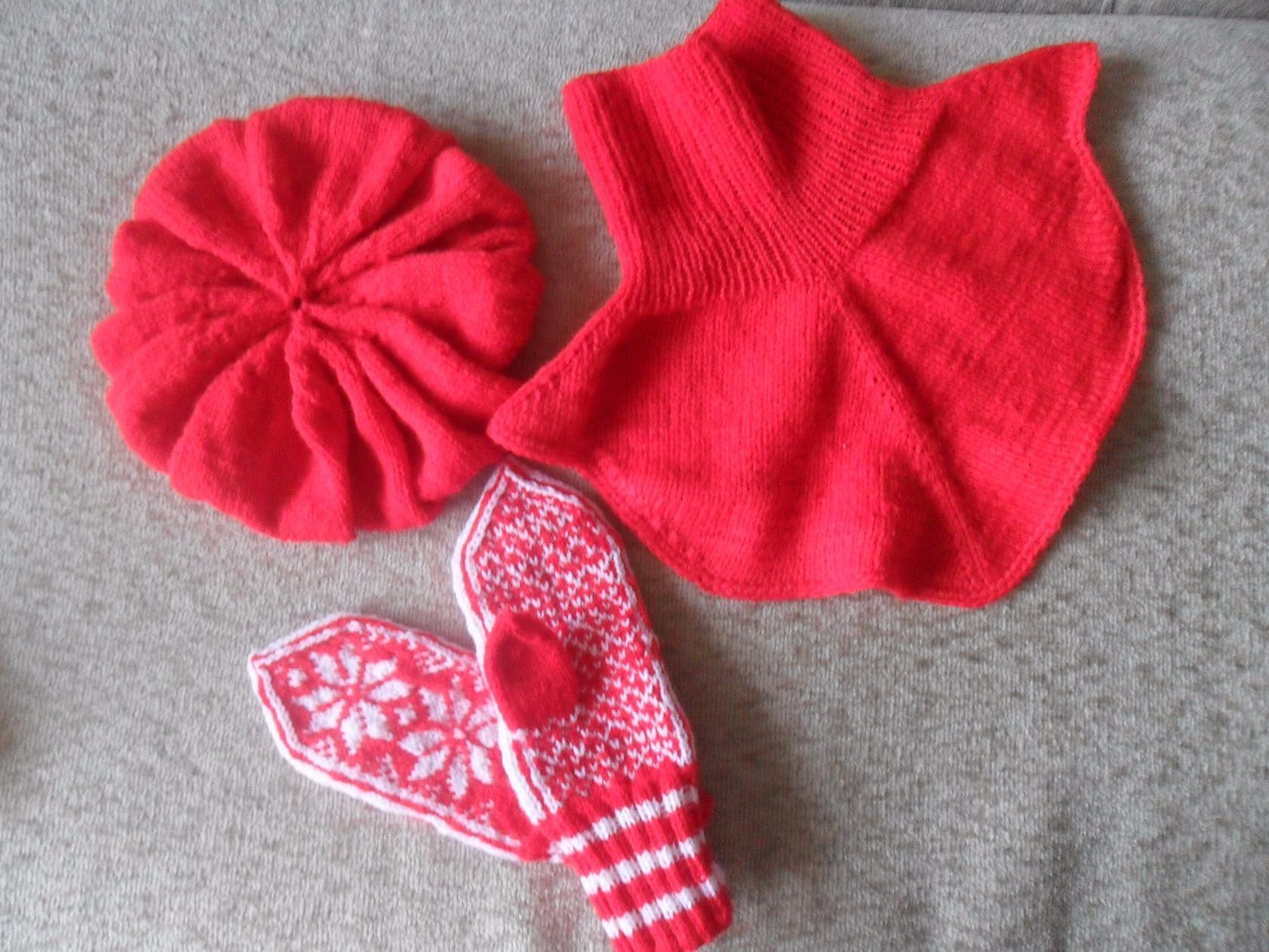 Манишка и рукавички сделано своими руками