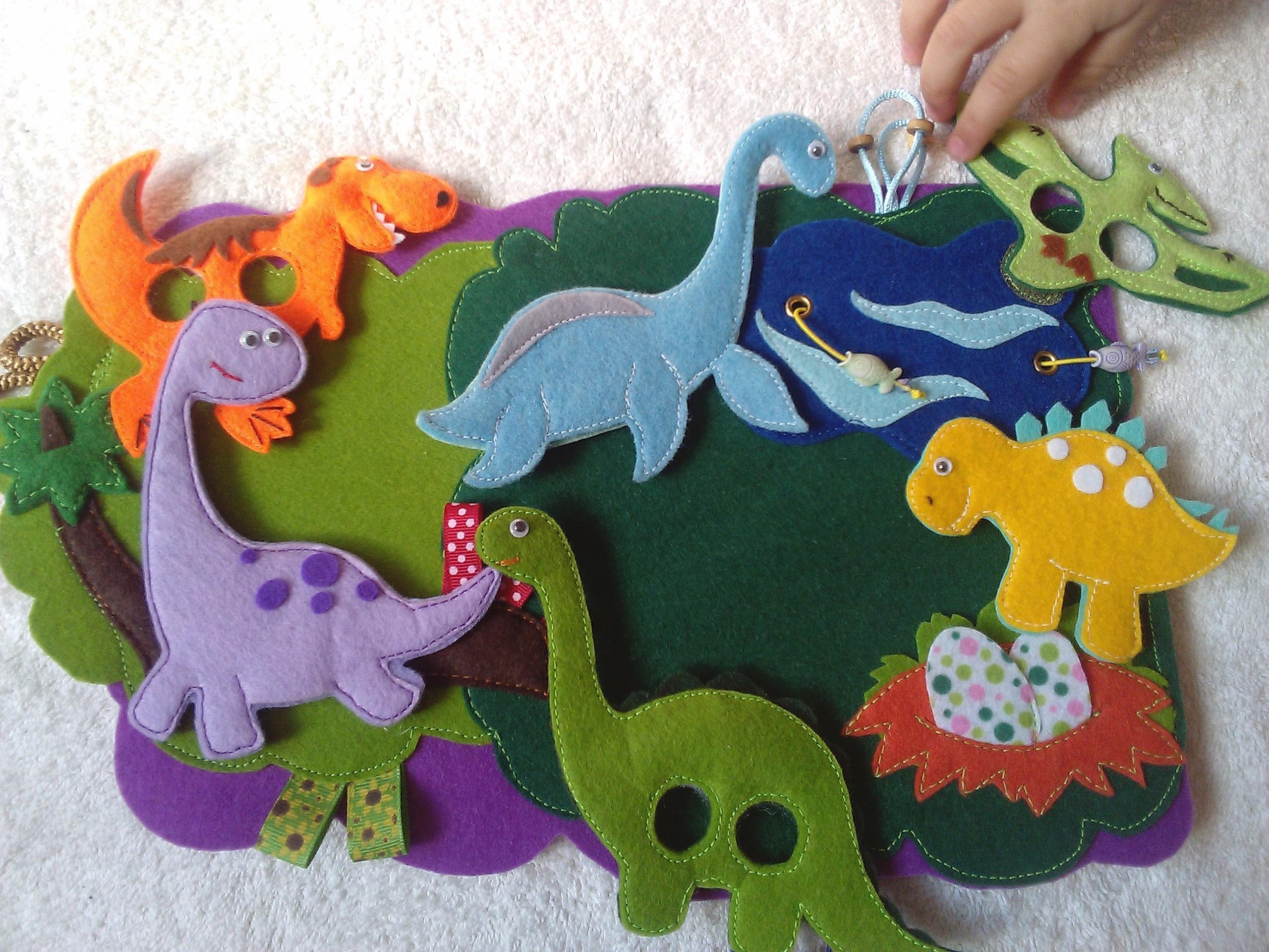 Как сделать динозаврика своими руками