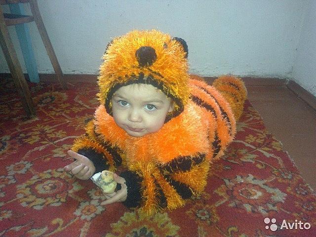 Костюмчик тигра сделано своими руками