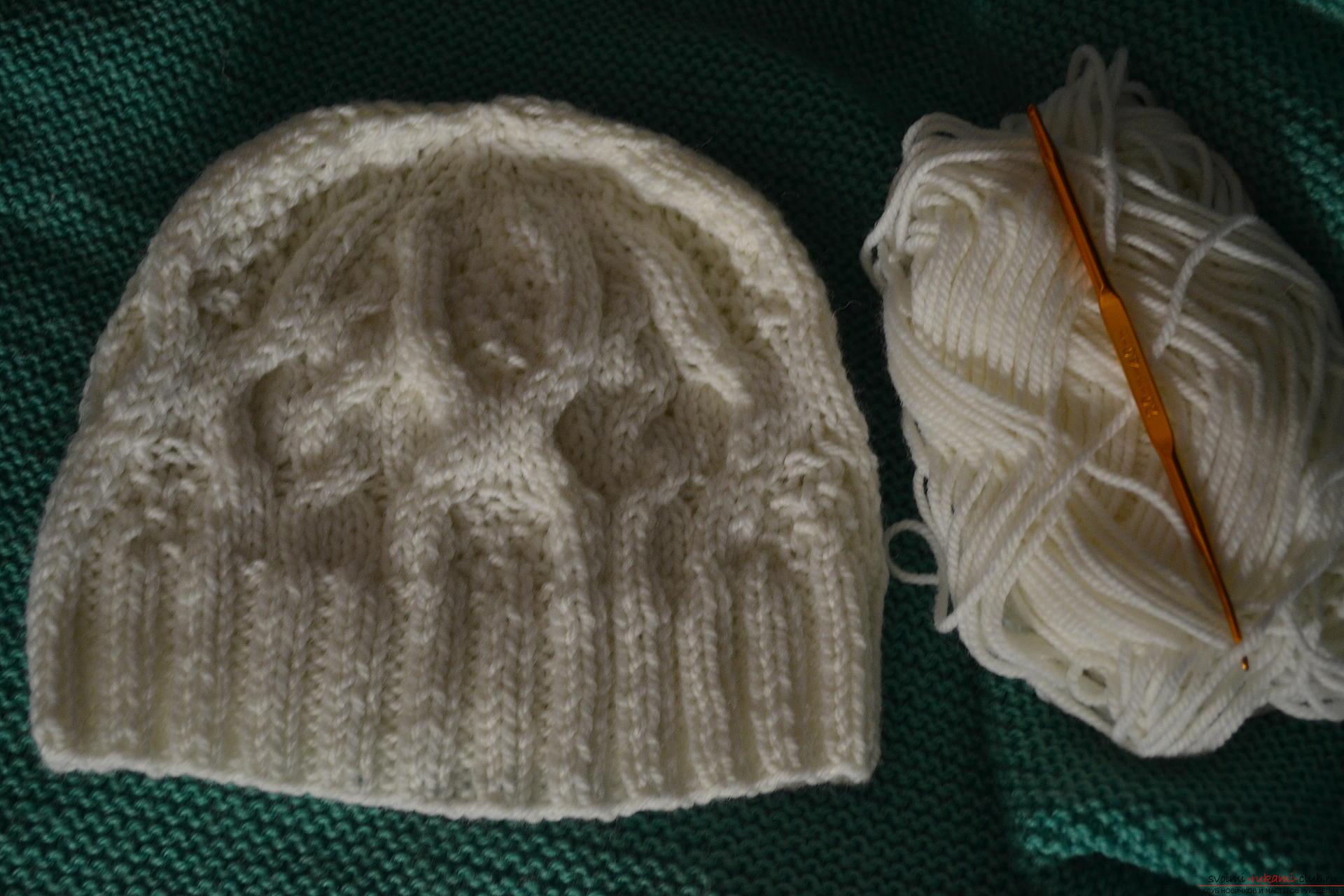Этот мастер-класс с фото и описанием научит как связать спицами шапочку для девочек.. Фото №10
