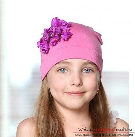 Шьем своими руками удобную трикотажную детскую шапку по выкройке с учетом особенностей ткани. Фото №13