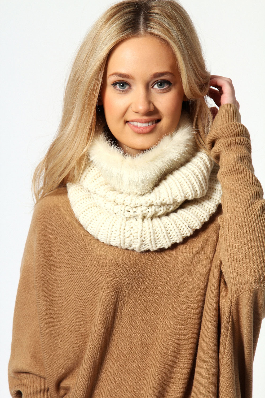 стильные вязаные осенние пальто схемы