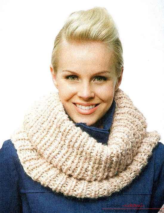Вязаный шарф-труба. Фото №3
