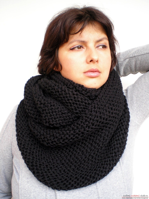 вязаный спицами шарф-труба. Фото №1