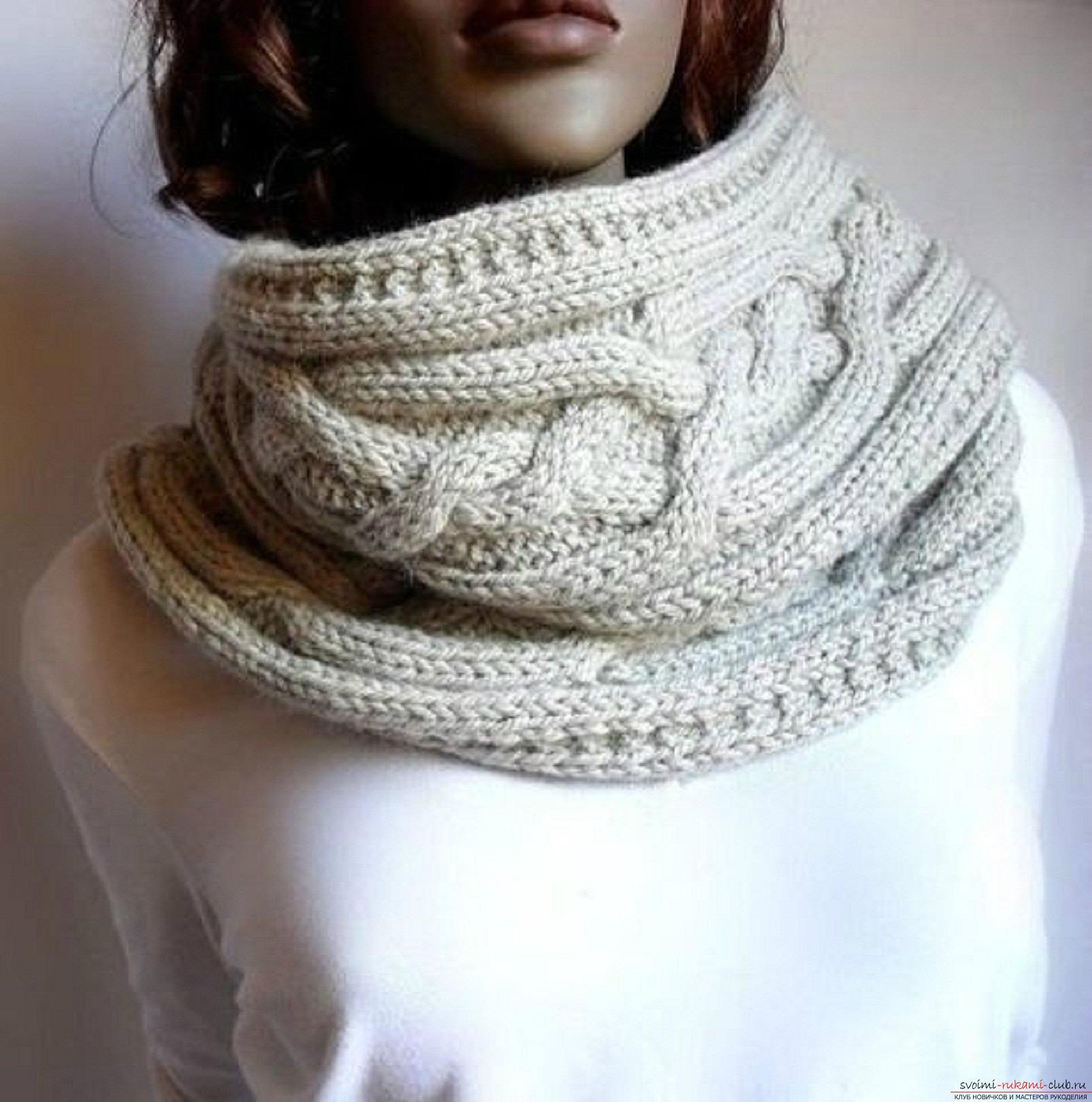 Вязаный спицами шарф-трансформер для женщин. Подробная схема с описанием и фото. Фото №1
