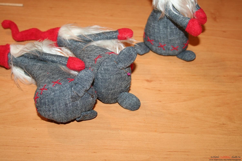 Фото у уроку по пошиву скандинавских гномиков своими руками. Фото №52
