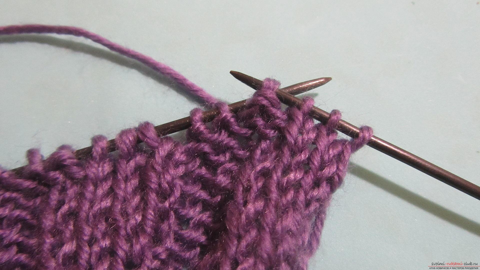 Подробный мастер-класс с фото покажет как вязать самой носки на двух спицах – спиральные носки.. Фото №18