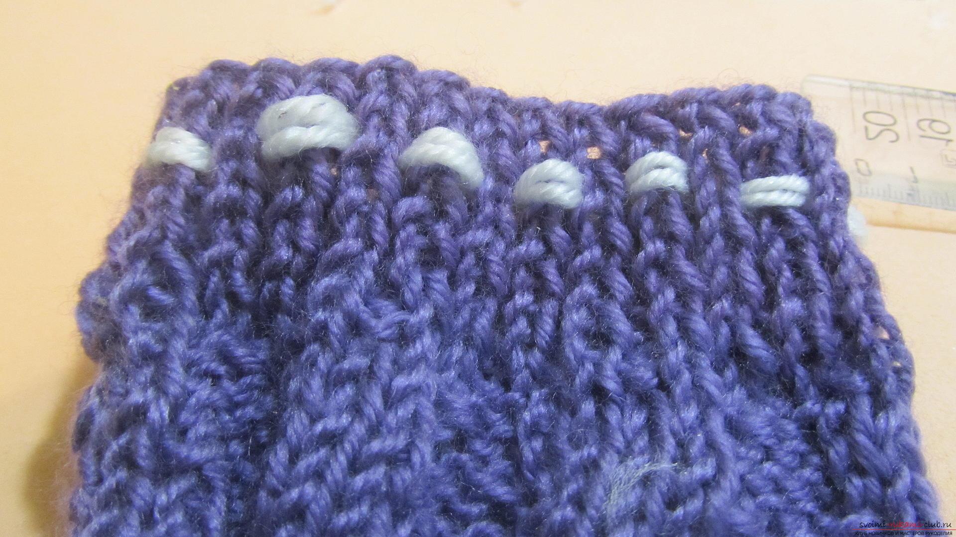 Подробный мастер-класс с фото покажет как вязать самой носки на двух спицах – спиральные носки.. Фото №31