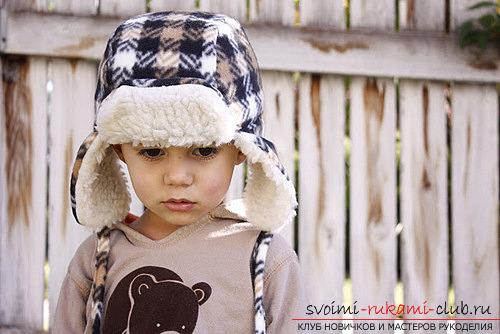 Инструкция создания красивой зимней шапки для ребёнка из подручных материалов.. Фото №1