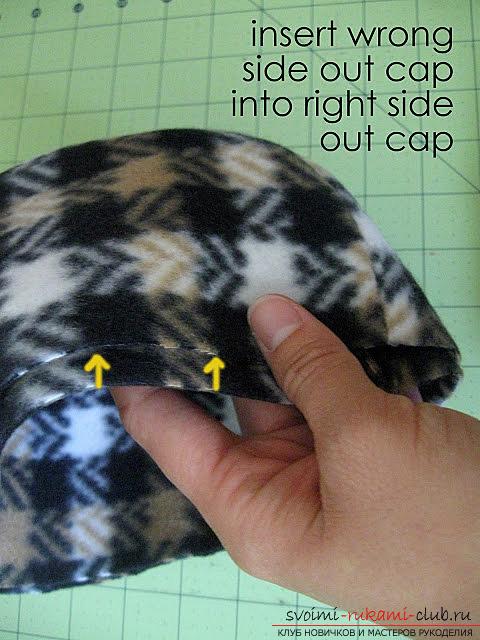 Инструкция создания красивой зимней шапки для ребёнка из подручных материалов.. Фото №9