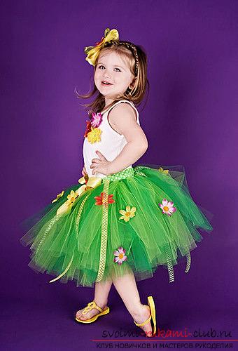 Делаем платье из фатина для девочки на праздник: Волшебное и цветное. Фото №6