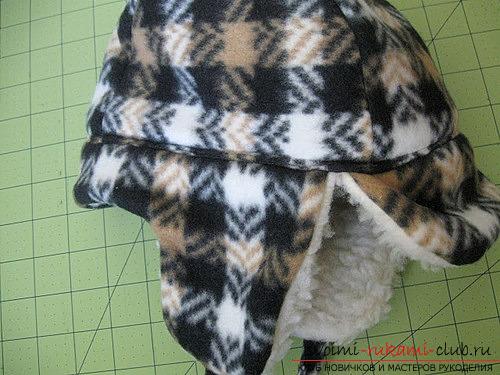Инструкция создания красивой зимней шапки для ребёнка из подручных материалов.. Фото №11