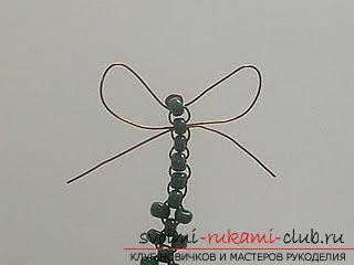 Виды разных игрушек из бисера со схемами плетения. Варианты схем плетения бисером игрушек с помощью разнообразных техник.. Фото №12