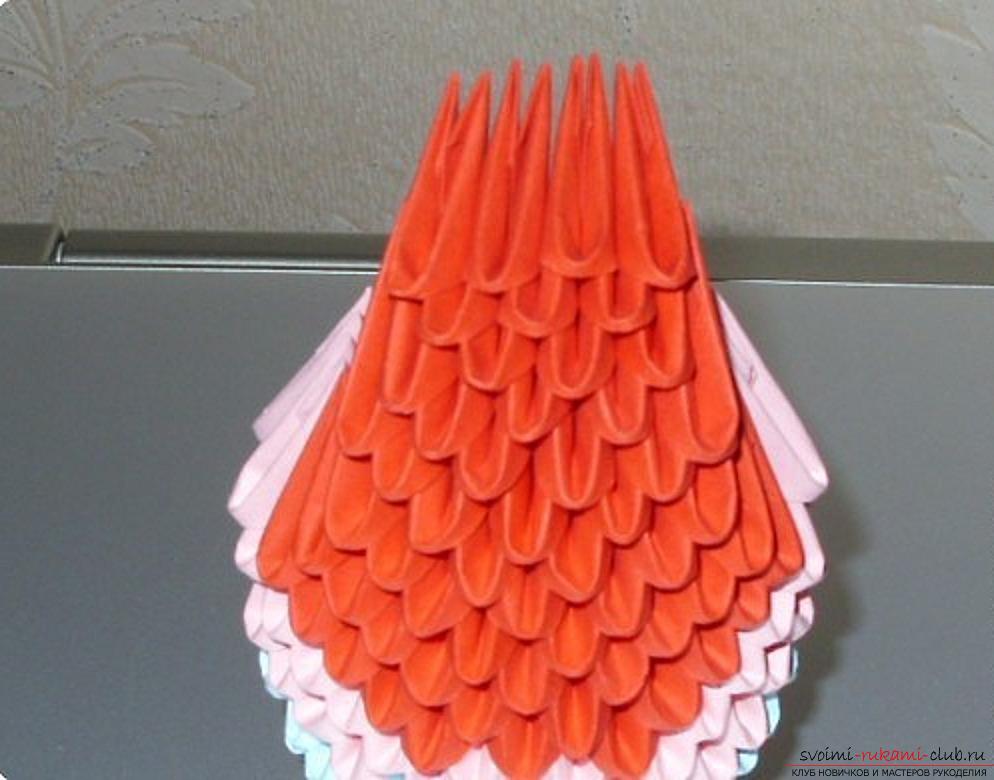 Попугай в технике модульное оригами. Фото №64