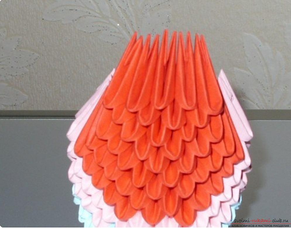 Попугай в технике модульное оригами. Фото №62