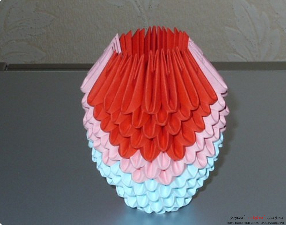 Попугай в технике модульное оригами. Фото №56
