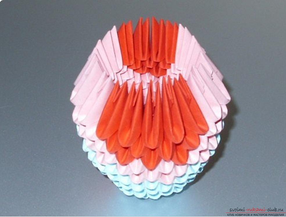 Попугай в технике модульное оригами. Фото №54
