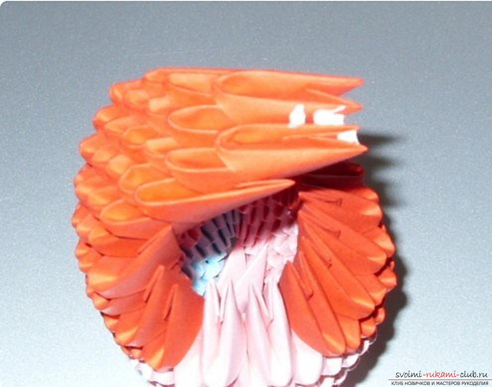 Попугай в технике модульное оригами. Фото №68