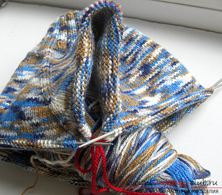 Бесшовный реглан-свитер спицами.Описание и фотографии вязания зимнего теплого свитера для ребенка. Фото №3