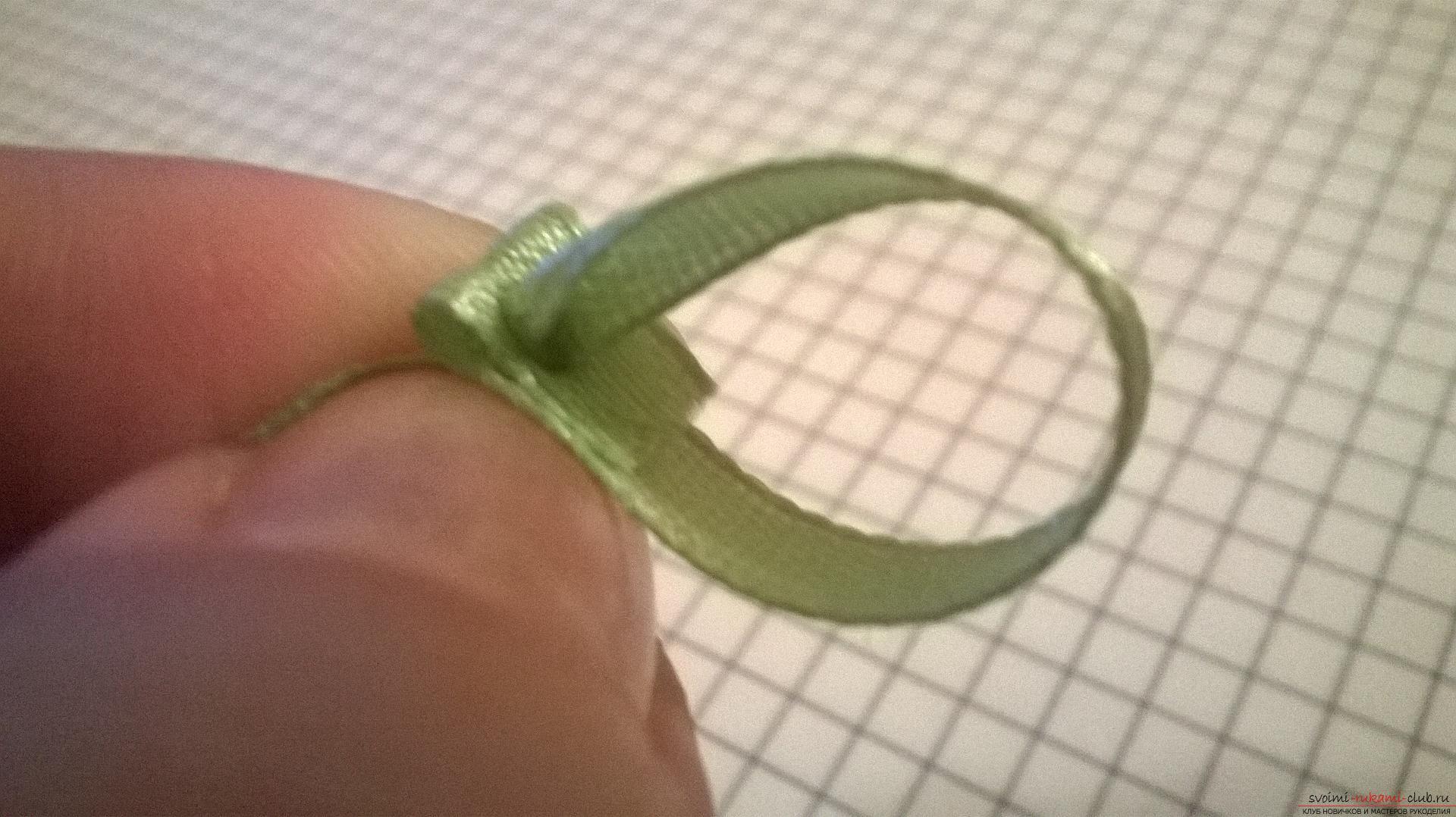 Этот мастер-класс вязания для начинающих научит как связать крючком чехол для телефона. Фото №5