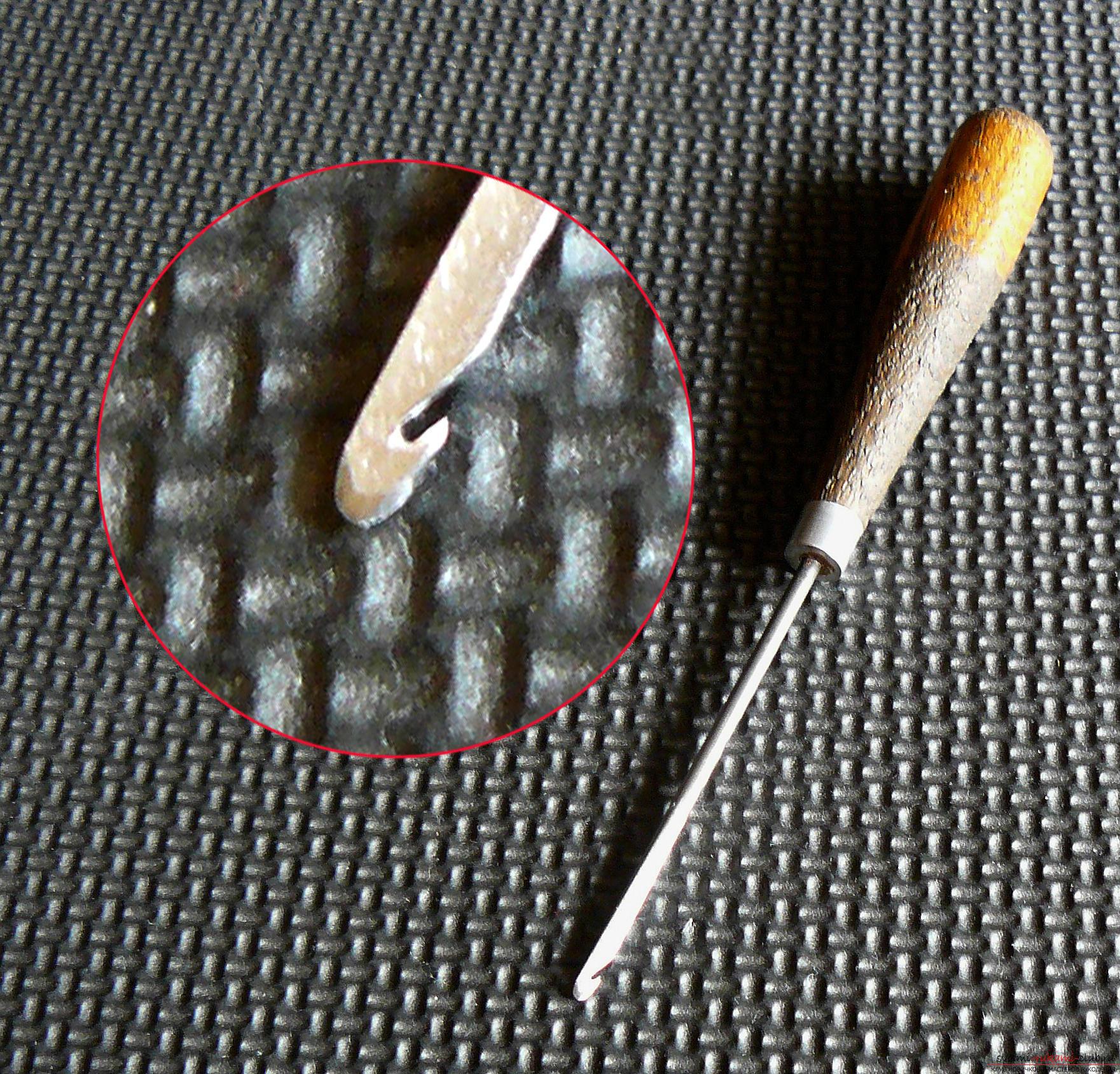 Этот подробный мастер-класс с фото и описанием научит как сделать своими руками кожаный чехол для очков.. Фото №14