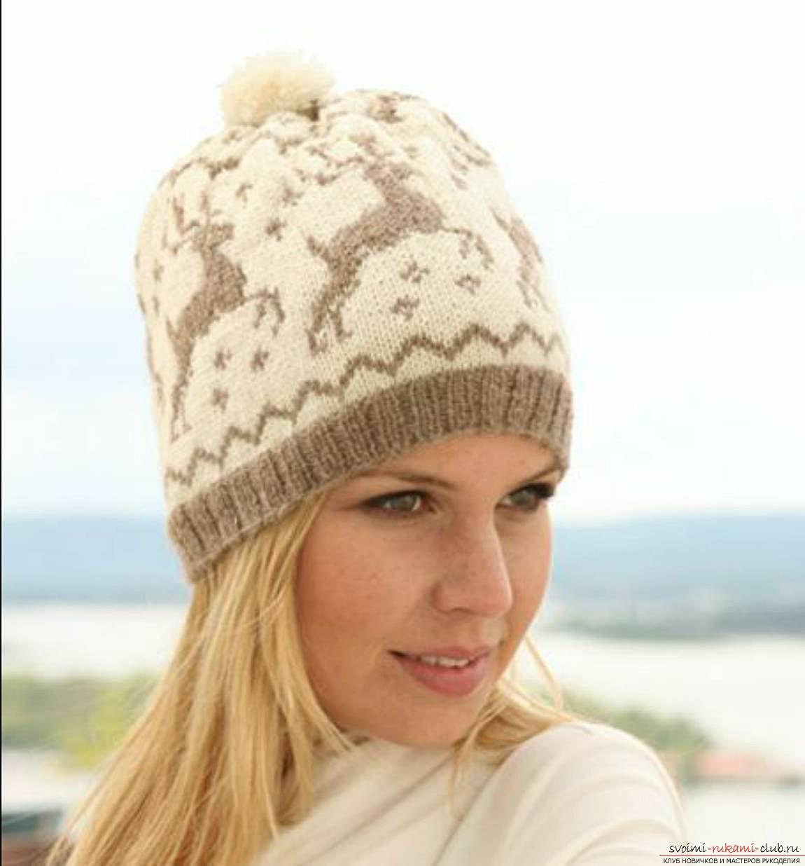 вязаная спицами оригинальная весенняя шапка для женщин. Фото №2
