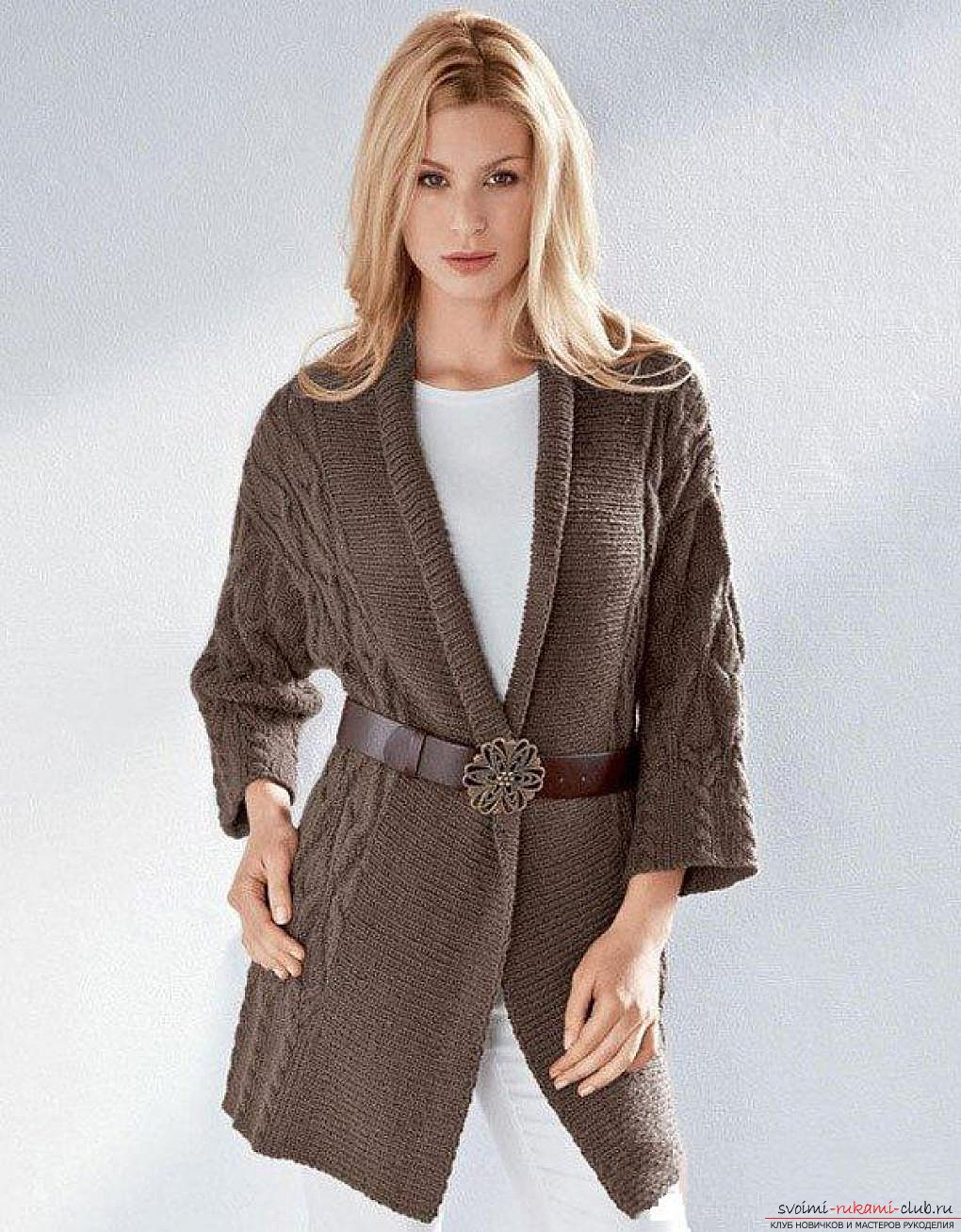 Вязаные пальто спицами схемы. Вязаный кардиган пальто 15