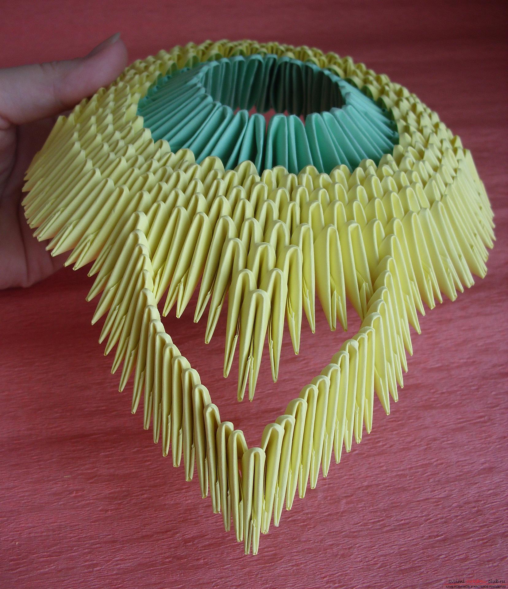 поделки из модулей схема сборки вазы