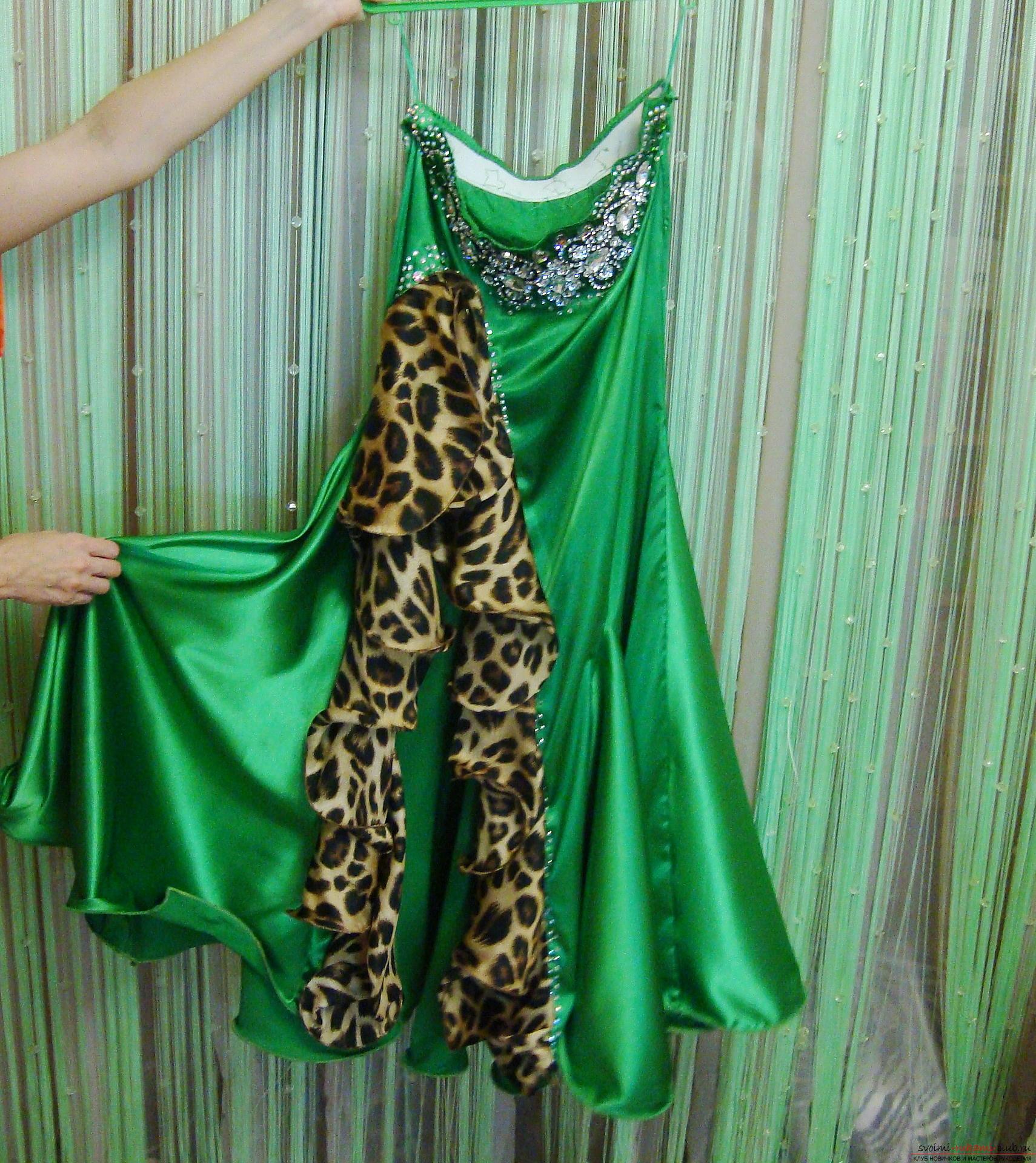 Красивое платье можно пошить в домашних условиях, используя выкройку и схему.. Фото №3