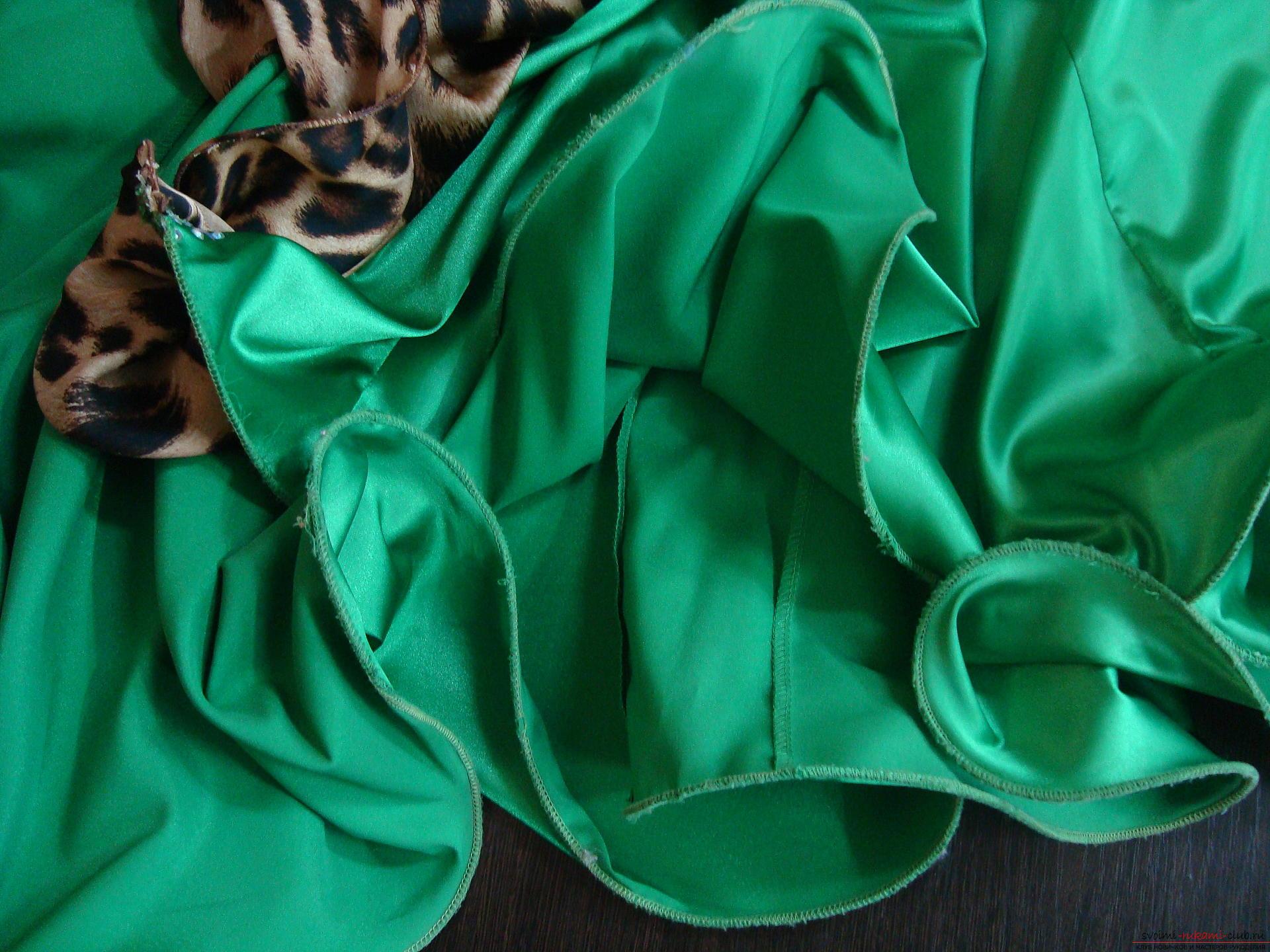 Красивое платье можно пошить в домашних условиях, используя выкройку и схему.. Фото №10