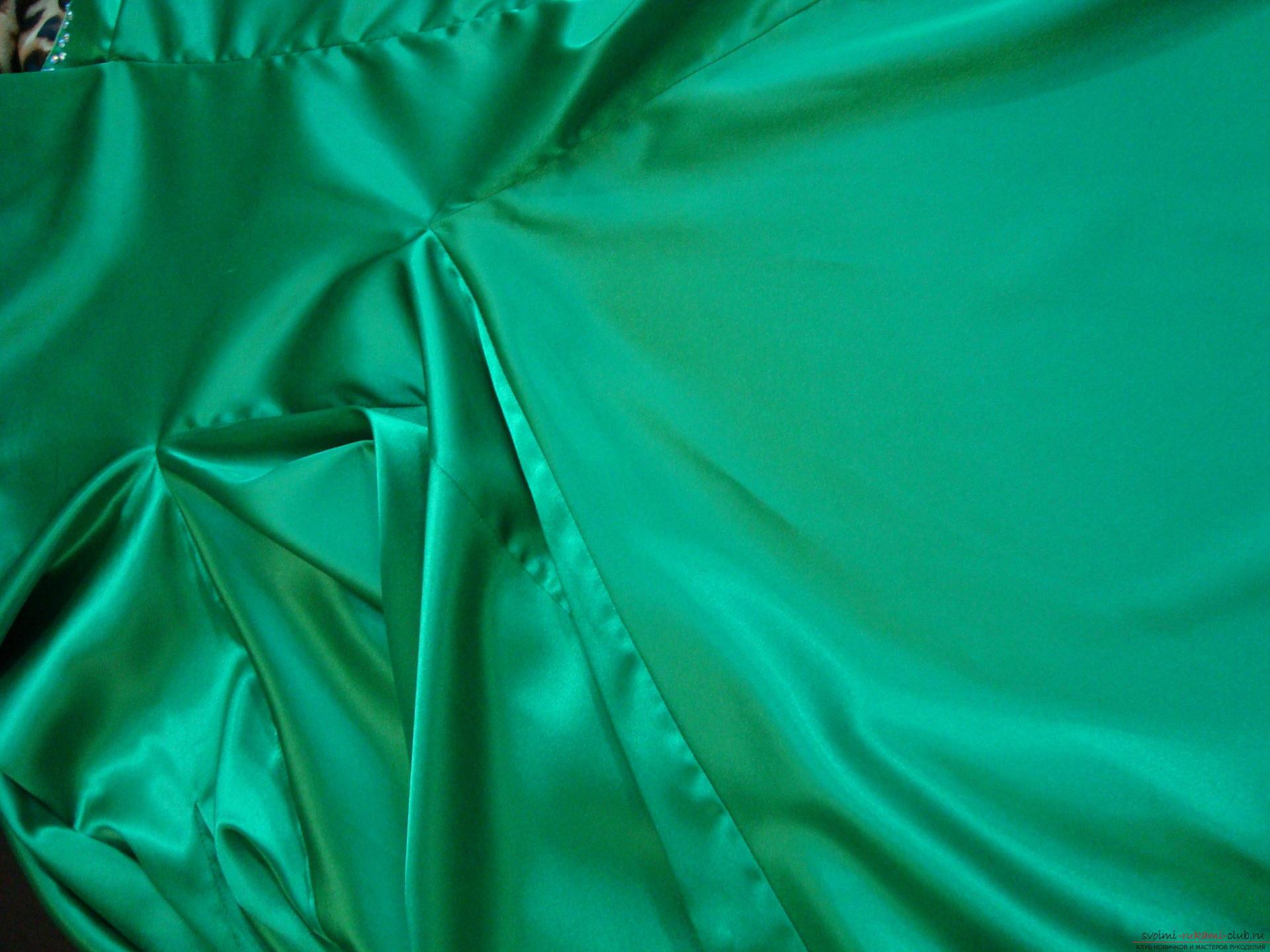 Красивое платье можно пошить в домашних условиях, используя выкройку и схему.. Фото №12