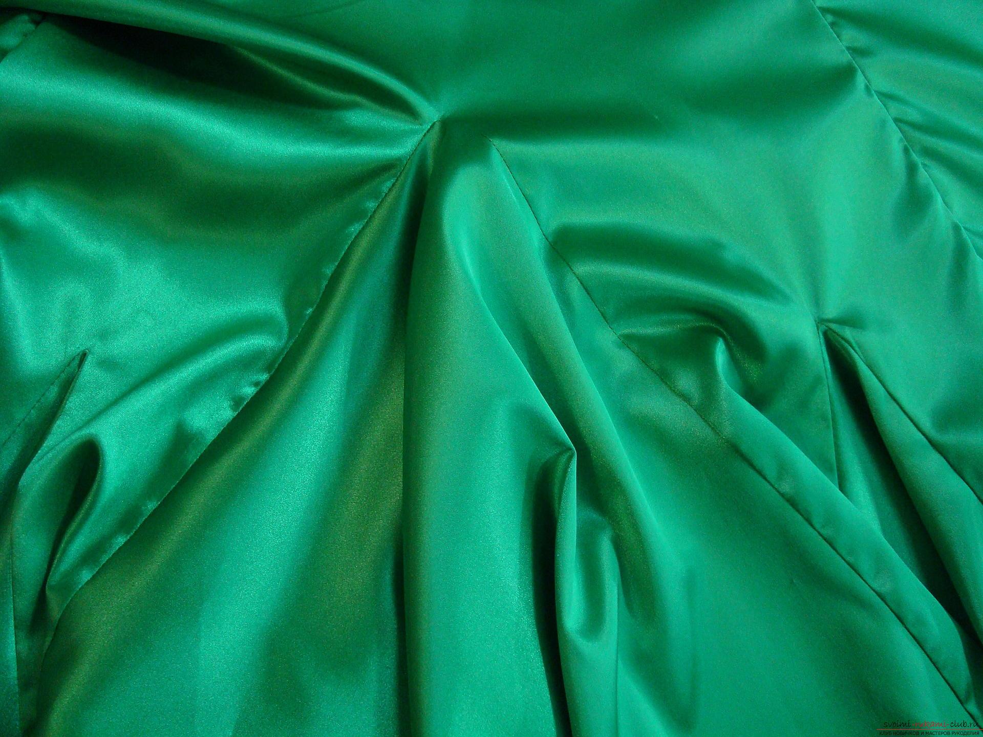 Красивое платье можно пошить в домашних условиях, используя выкройку и схему.. Фото №11