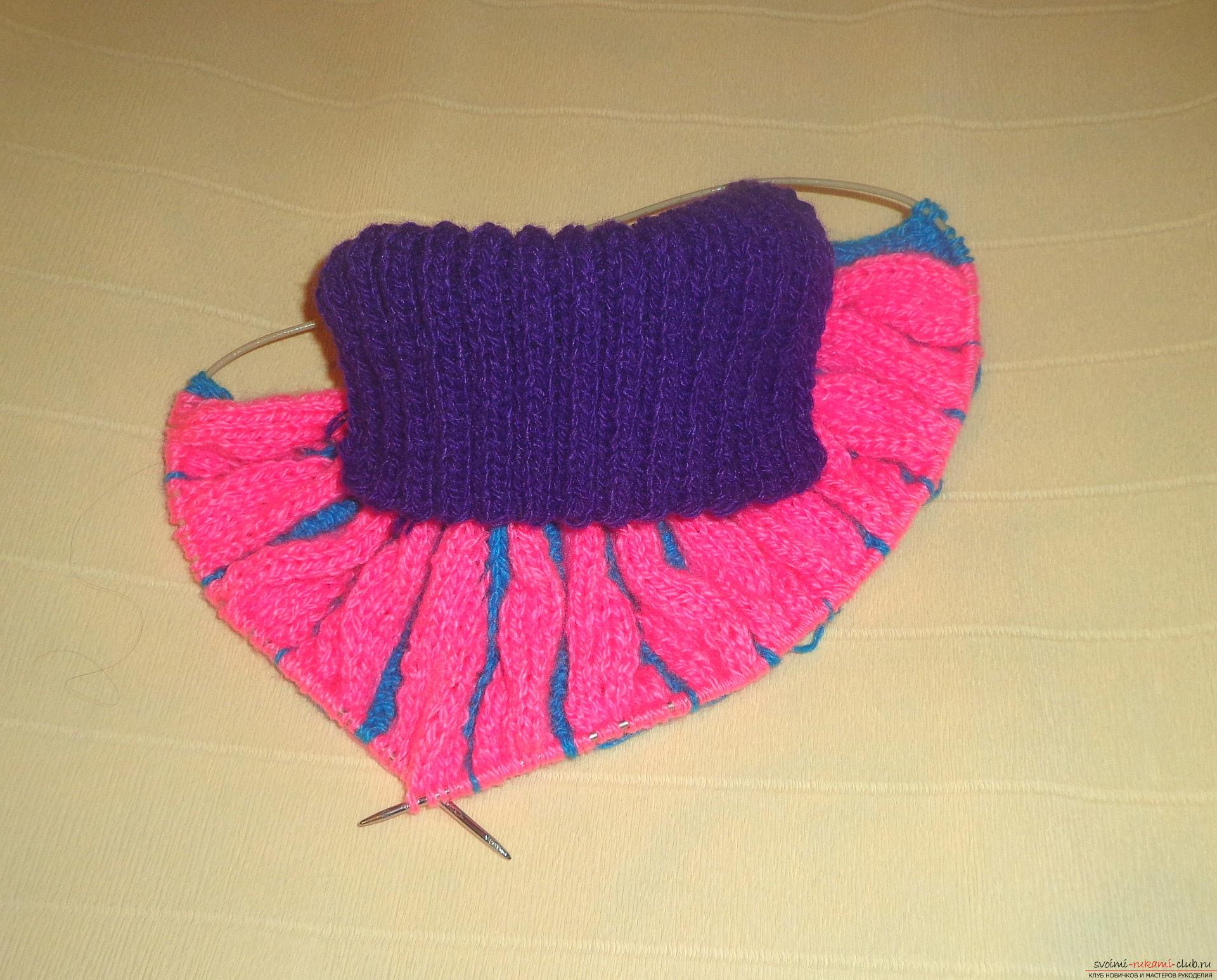 схема вязания манишки для девочки 7 лет спицами