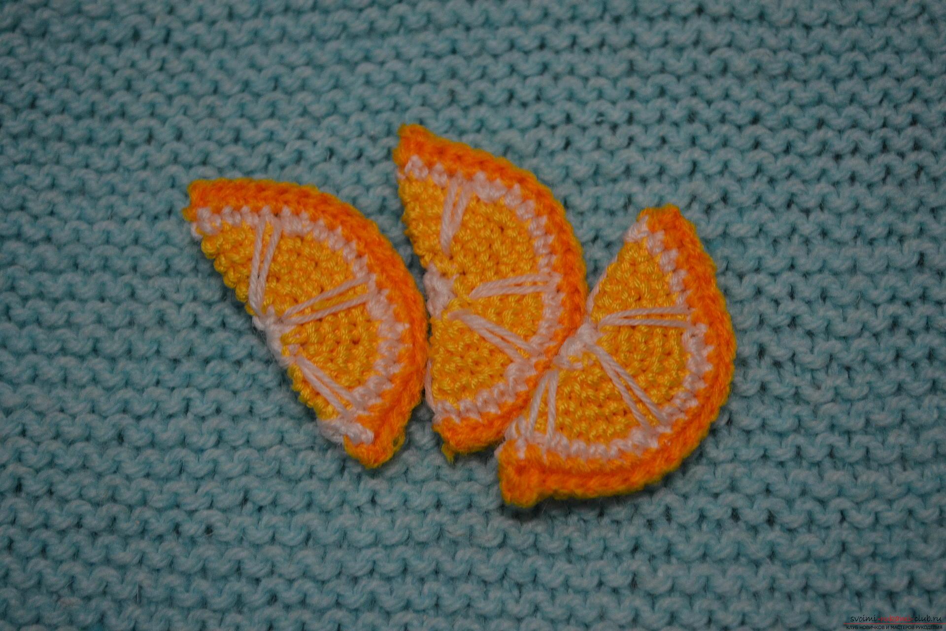Для тех, кому хоть немного знакомо вязание крючком, предлагаем наш мастер-класс, который научит как создать с помощью крючка вязаные фрукты.. Фото №23