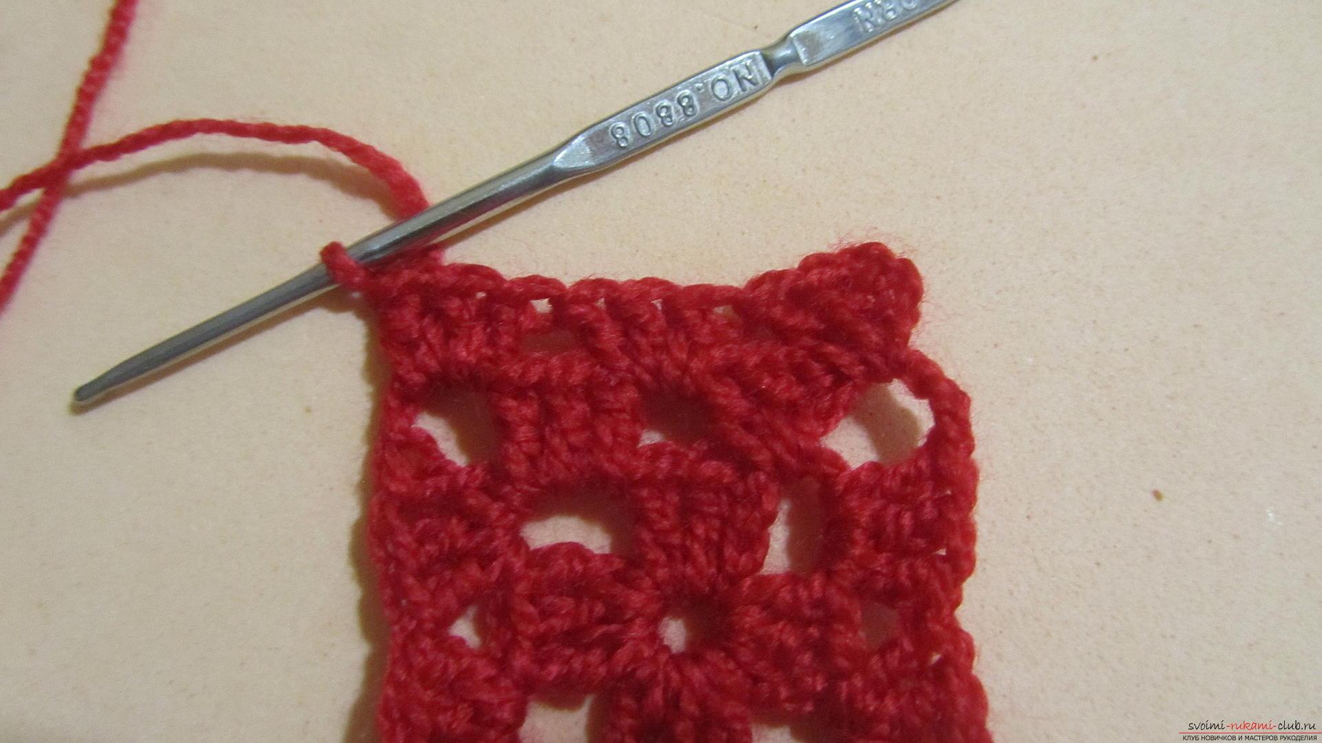 Одежду для мягких игрушек можно связать крючком своими руками, будем одевать игрушечную обезьянку.. Фото №46