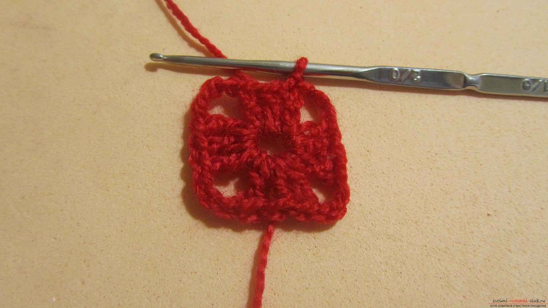 Одежду для мягких игрушек можно связать крючком своими руками, будем одевать игрушечную обезьянку.. Фото №42