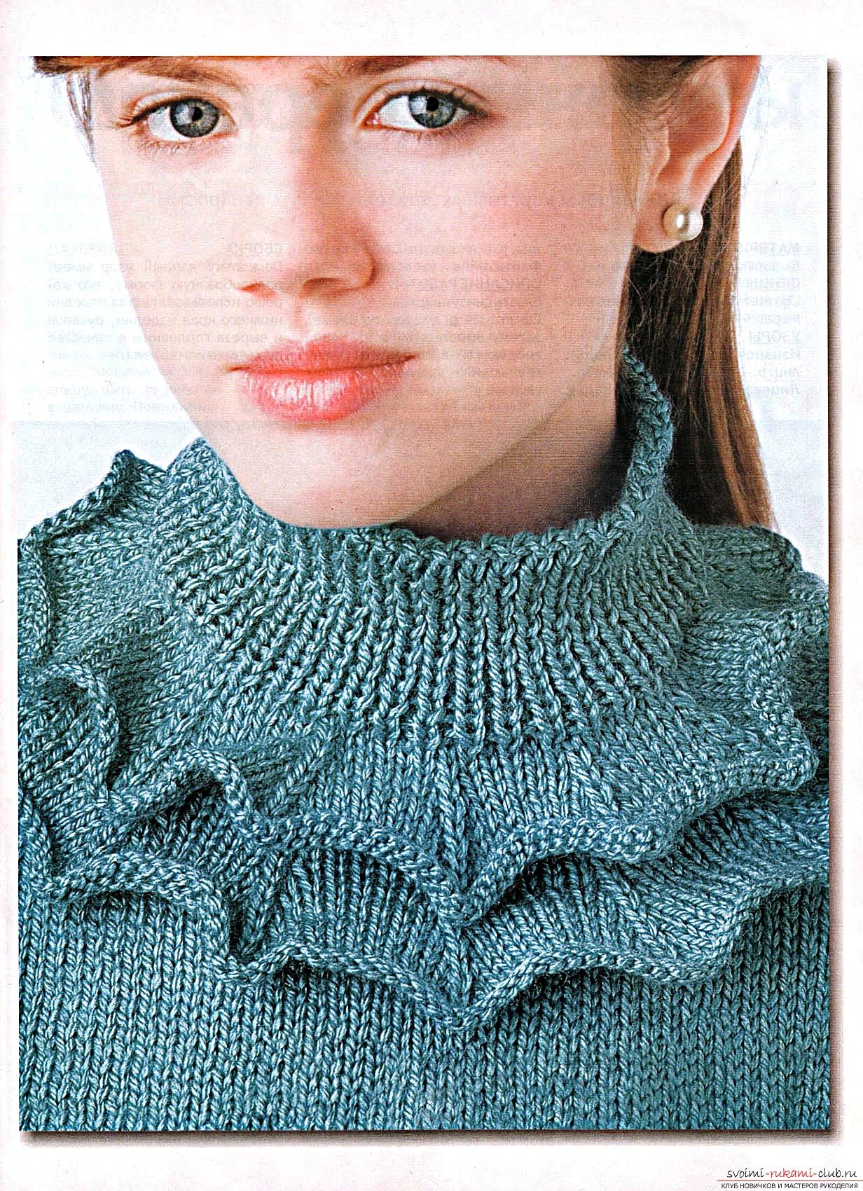 вязаный спицами свитер в ирландском стиле с интересным узором. Фото №9