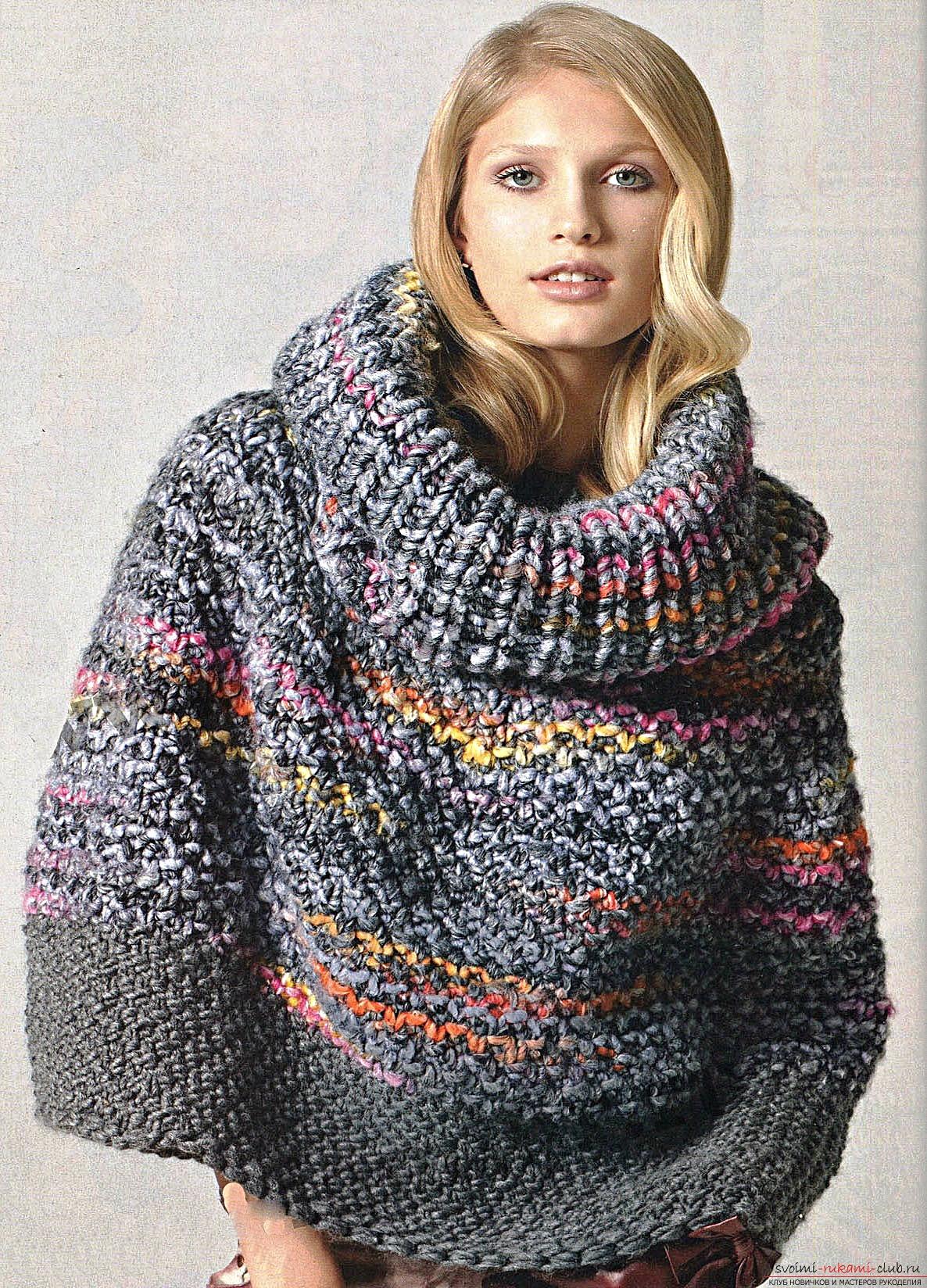 вязаный спицами свитер в ирландском стиле с интересным узором. Фото №8